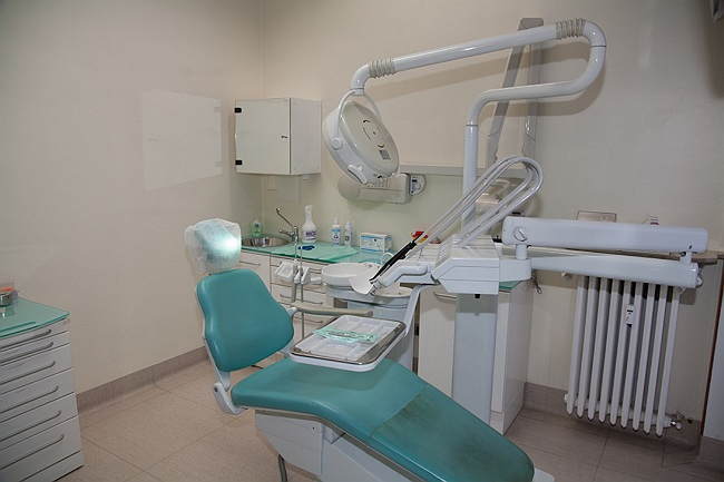 implantologia Saronno